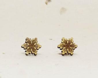 Starflower Eco-Friendly Walnut Stud Earring