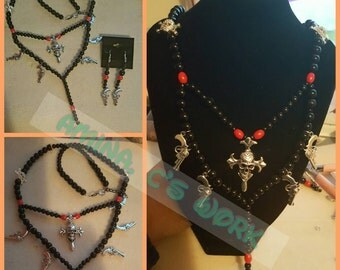 Beautiful Skulls and Guns Necklace Set