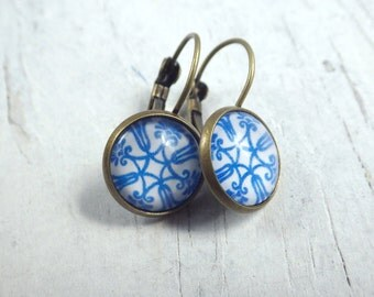 Delft tile ornament - Earrings simple earrings in vintage style with cabochon blue white