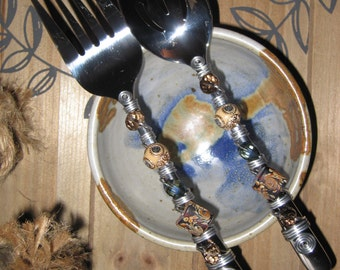 Beaded Serving Utensils, Salad Serving Set, Serving Spoon, Serving Fork, with Bead and Wire Design.