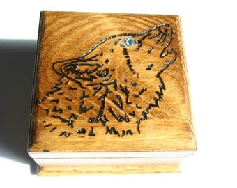 Handcrafted engraved Wood Jewelry Box, Wolf Jewelry Box, Wood Jewelry Box, Coin Box