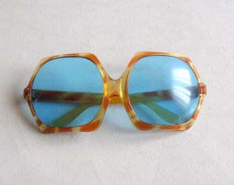vintage 70's oversize woman sunglasses made in Italy