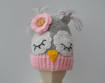 Crocheted sleepy owl hat for ages 18-36 months, pink and grey