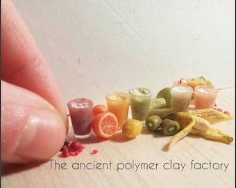 Miniature fruit smoothies