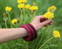 Trinity Felt Bangles (3) Bracelets made of Merino Wool in Burgundy Tones