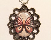 """Cameo """"Butterfly"""" Necklace, Nature, Garden, Insects"""