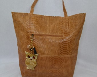 Handbag in leather brown