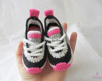 Crochet Baby Booties, Crochet baby sneakers, crochet baby shoes, Crochet Baby Boots, baby shoes, crochet sneakers, baby sneakers BB108