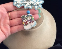 Vintage Large Wooden Love Never Melts Christmas Snowman Woman Pin