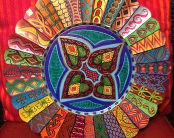 """Hand Painted Bohemian Scaloped Edge Quilt Design Round Plate  13""""  P0017"""