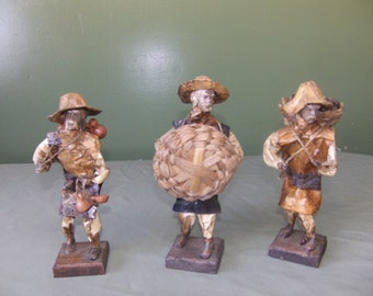 Set of three Hispanic warriors from Mexico, Mexican straw art, straw figurines, Mexican collectibles