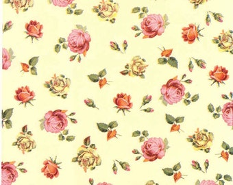 4 Decoupage Napkins   Tiny Roses on Cream Background   Rose Napkins   Floral Napkins   Romantic Napkins   Paper Napkins for Decoupage