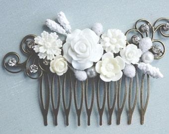 Hair Comb, White and ivory rhinestone hair comb.