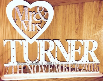 Mr & Mrs sign, wedding top table, guestbook decoration, wedding present, anniversary gift