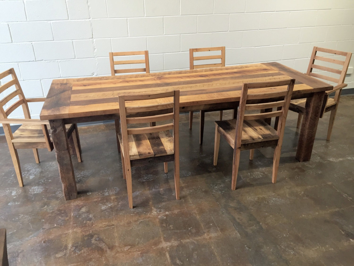 Reclaimed Wood Extendable Farmhouse Dining Table Smooth