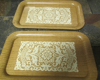 """vintage  set of 4 Lap trays , Tv trays, serving trays with a white doily design ** 9"""" by 14"""""""