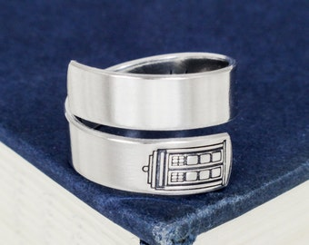 SALE -  Bigger on the Inside Ring - Doctor Who - Tardis -  Wrap Ring