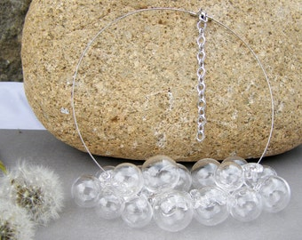 Bubble necklace made of clear glass hollow beads