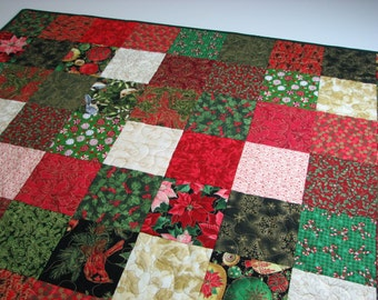 Christmas Quilted Throw, Christmas Patchwork Lap Quilt, Red Green Gold Quilt, 45 in. x 45 in., Quiltsy Handmade