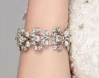 Sulver  floral  bracelet, Wedding rhinestone cuff, ,Vine design , Wedding pearl bracelet, Silver, Strech bracelet,Gold, Silver