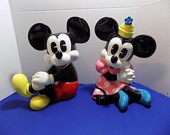 Rare Walt Disney World Large Minnie & Mickey Mouse Porcelain Ceramic Figurine Collectible Collector
