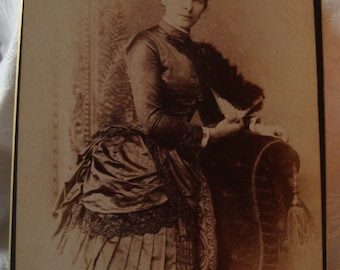 Vintage Late 1800s Photograph of a Woman