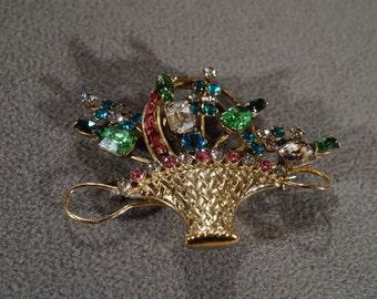 Vintage Yellow Gold Tone Multi Colored Rhinestones Flower Basket Design Pin Brooch Jewelry    KW35
