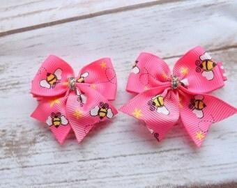 Girls pink bees bow hair clips, ribbon bows hair accessory, tuxedo hair clips, summer bows, wedding hair, UK seller, girls hair clip
