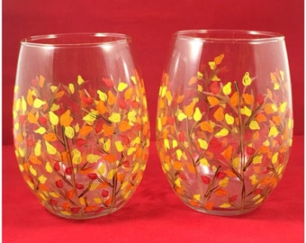 Fall painted branches, fall wine glass, fall leaves on wine glass, beautiful fall decor hand painted wine glass, fall collection, fall glass