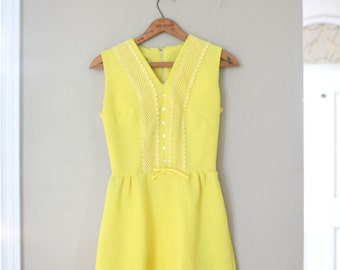 vintage 1960s yellow crochet lace sun dress womens