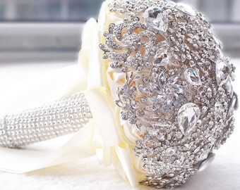 Crystal wedding bouquet Ivory Brooch Wedding Bouquet, Bride Wedding Bouquet FREE SHIPPING
