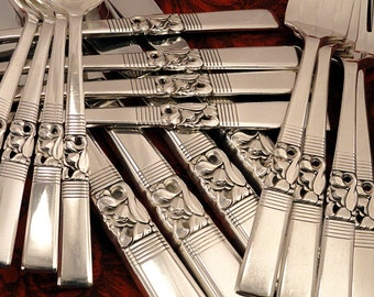 MORNING STAR Traditional Dinner Service Floral Silverware Set for 4, 8 or 12 Vintage 1948 Silver Plate Oneida Community Flatware