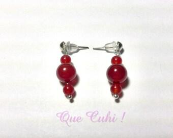 Earrings with three beads of carnelian