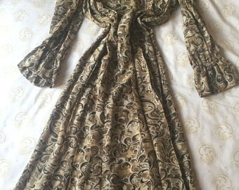 TED LAPIDUS GOWN