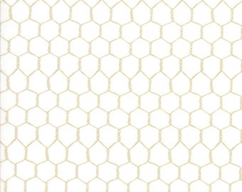 Farm Fun - Chicken Wire Cream by Stacy lest Hsu for Moda, 1/2 yard, 20536 11