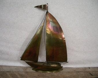 Vintage Boat, Mid Century Sailboat Metal Sculpture, Retro Brass Metal Sailing Boat, Wall Hanging Metal Boating Sculpture, Nautical Art Model