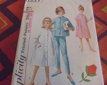 Sz 6 8 or 10 Vintage Sewing Pattern Simplicity 5217  Childrens Robes Pajamas Nightgowns