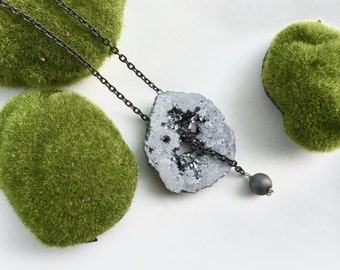 Gunmetal Agate Druzy Lariat // Statement Necklace // Silver // Gifts for Her
