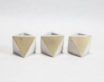 Mini octaèdre béton géométrique mis en béton léger avec de l'or métallique