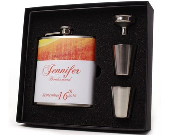 Wedding Party Gift // Seven Personalized Flask Gift Sets for your Bridesmaids