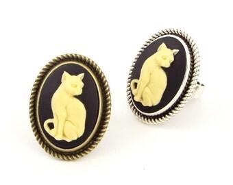 Cameo Cat Ring Gothic Halloween Jewelry - Bronze or Silver Tone, Black & Cream