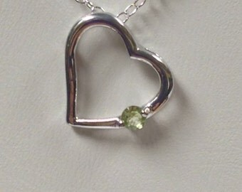 Heart Necklace with Natural Peridot 925 Silver