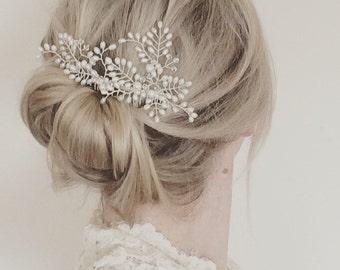 Bridal hair comb, wedding hair comb, Swarovski crystal, freshwater pearl, wedding accessories, bride headpiece, bridal accessory, hair vine