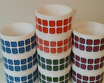 10 coffee cups marked Arcopal France