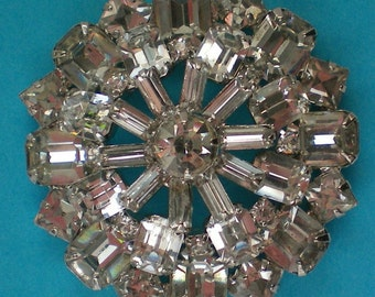 Brilliant Domed Clear Rhinestone Brooch - 4567