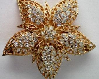 Gold tone Filigree Starfish Pin marked PIM - 4639