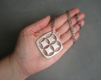 Elegant vintage modernist pewter necklace, Sweden.