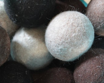 Felted Dryer Balls- set of 4. Eco-friendly. 100% Alpaca Dryer Balls