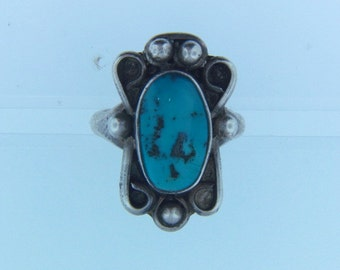 Vintage Southwester Sterling Silver Turquoise Cabochon Ring