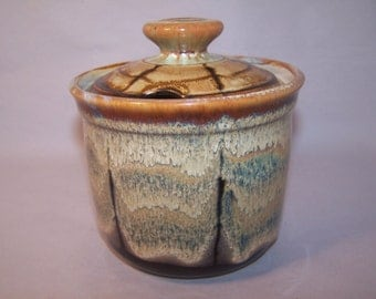 Honey Pot, Stoneware 13cm. high. 13 cm diameter. Stoneware, handmade on potters wheel.